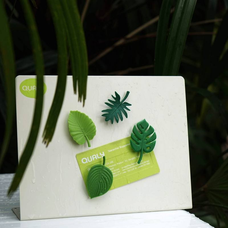 Lot de 4 magnets Feuilles...