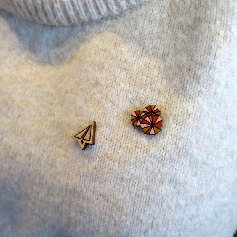Pin's en bois - 2 modèles...